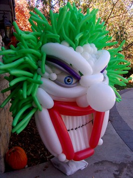 scary clown balloon sculpture denver