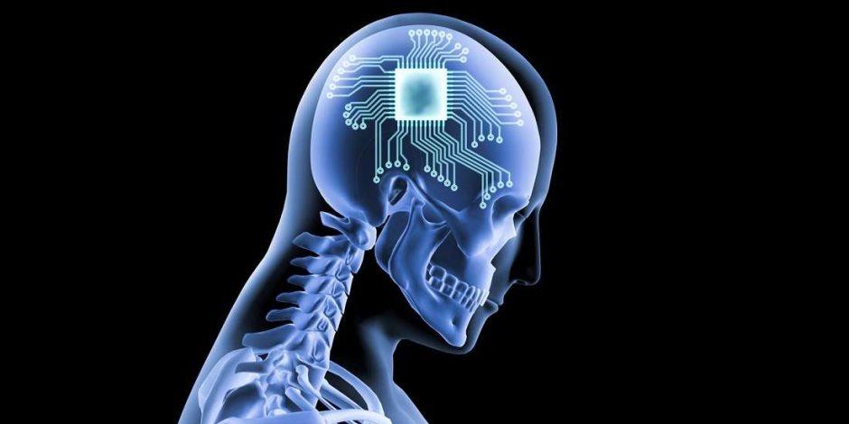 سمحت الأبحاث الحديثة التي نشرتها جامعة واشنطن لثلاثة أشخاص بلعب لعبة تتريس من خلال التواصل مع أدمغتهم، وكانت اللعبة تتويجاً لسنوات من العمل على تكنولوجيا التعلم الآلي لفك تشفير حركات شخص ما المقصودة من مخطط الدماغ الكهربائي.