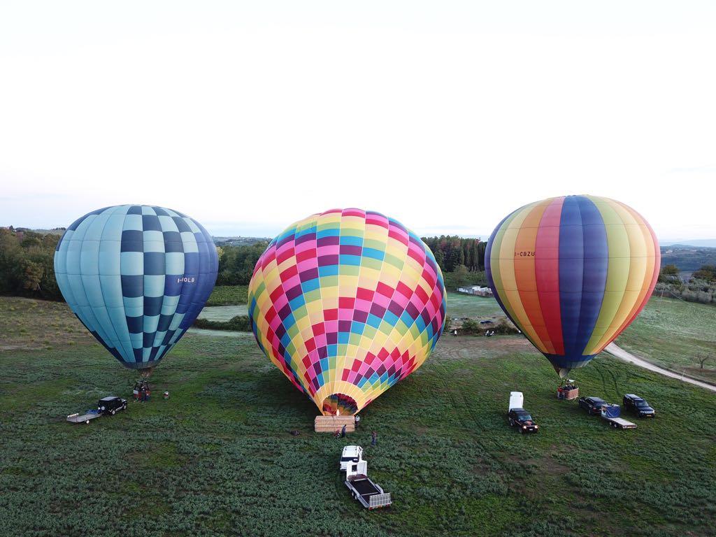 gonfiaggio palloni mongolfiere