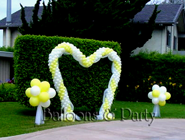 Walk-Thru Heart Arch Backdrop with Topiary Balls