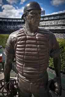 Fisk Statue at Guaranteed Rate Field