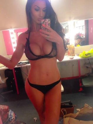 Spielerfreundin Alice Goodwin (2)
