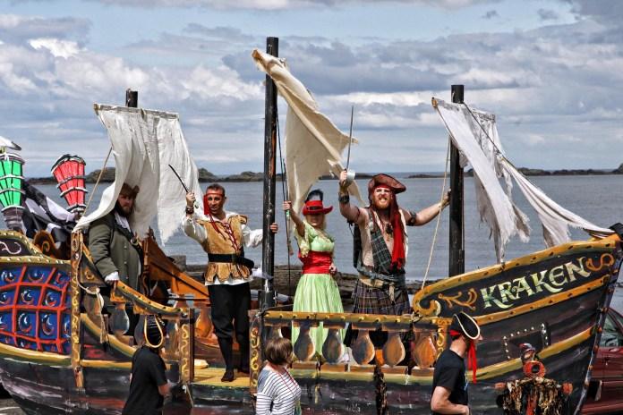 Pirates on Kracken