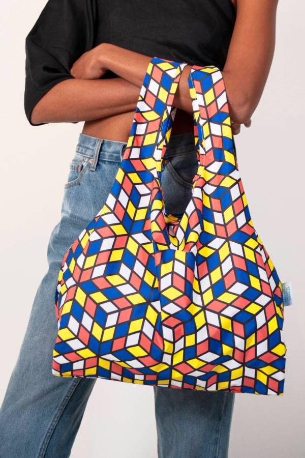 KB MED Cubes closeup