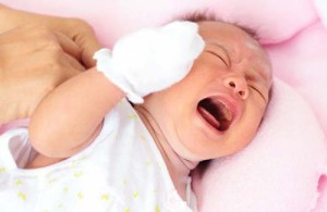 pertolongan pertama mengobati batuk pilek pada bayi
