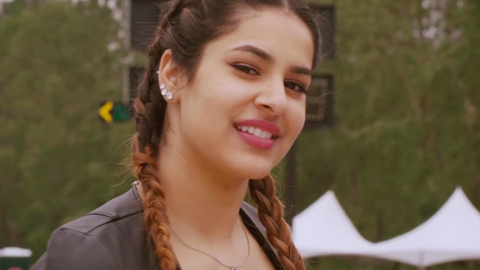 Punjabi Beautiful Girl Hd Wallpaper Pretty Sim Khurme Wallpaper 02329 Baltana