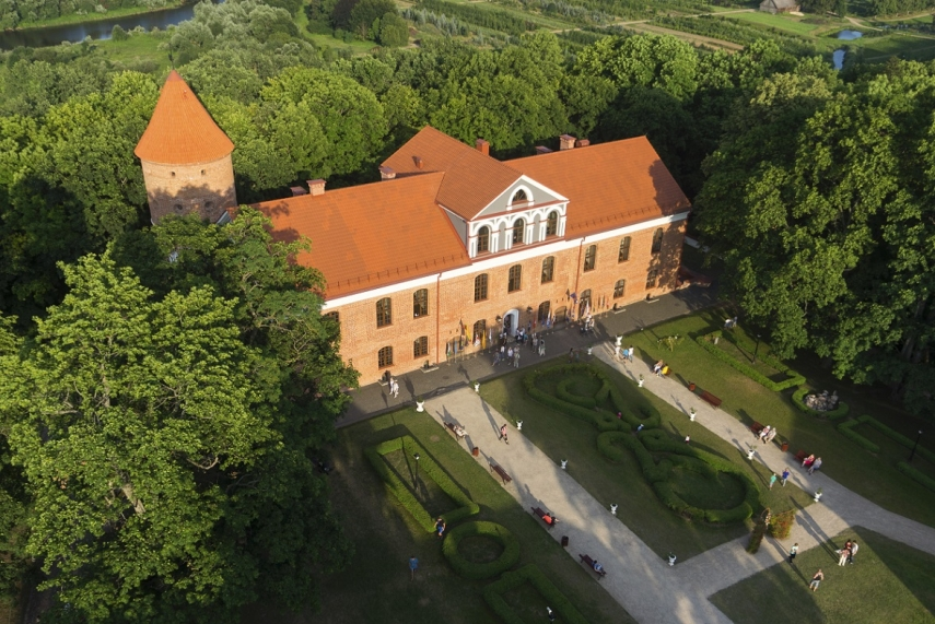 Castles And Manors Of Lithuania Architectural Journey