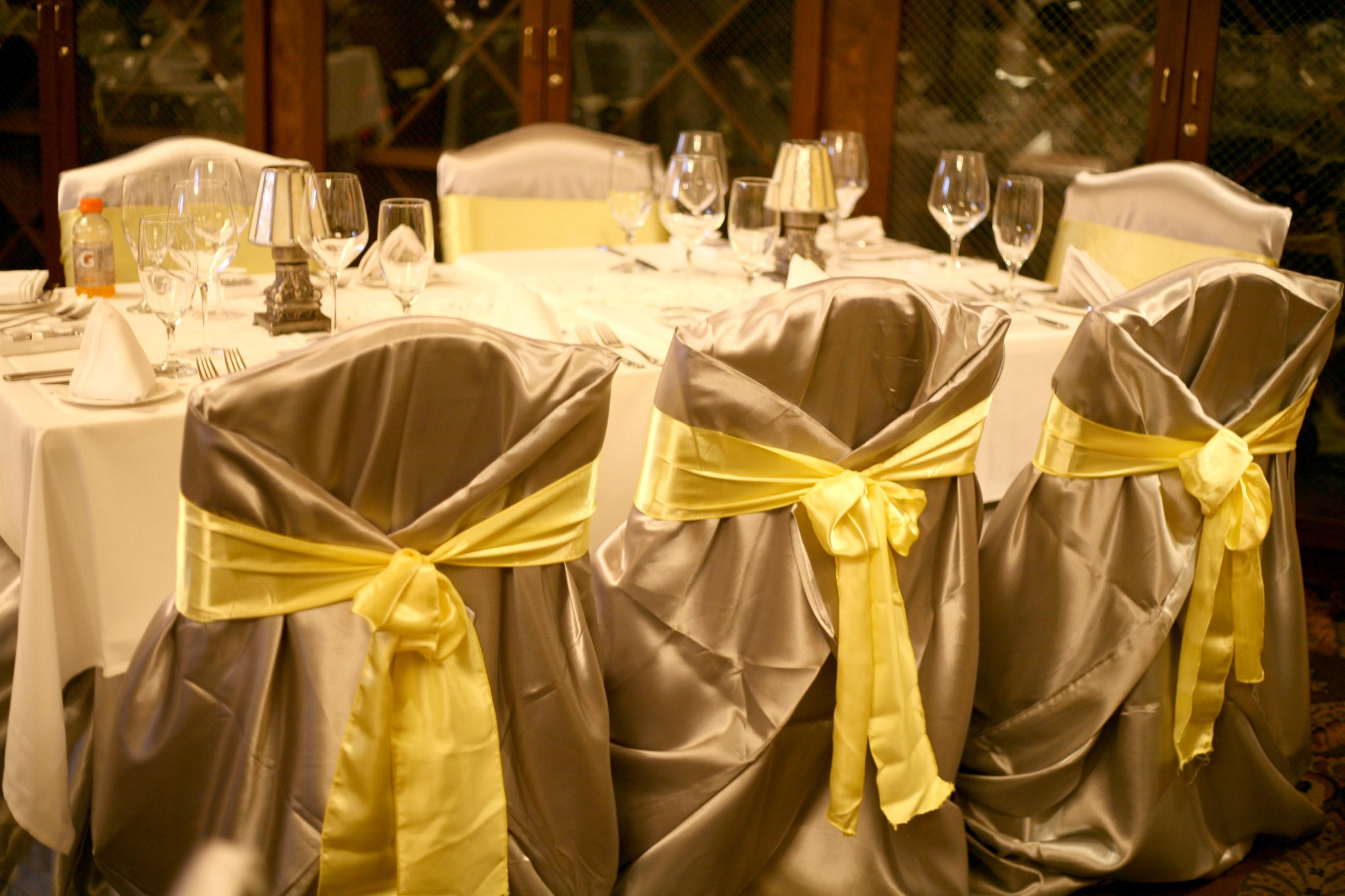 tablecloths and chair covers for rent swing chain linens baltimore s best events confettis tropical gardenwedding jpg silver cover yellow sash2