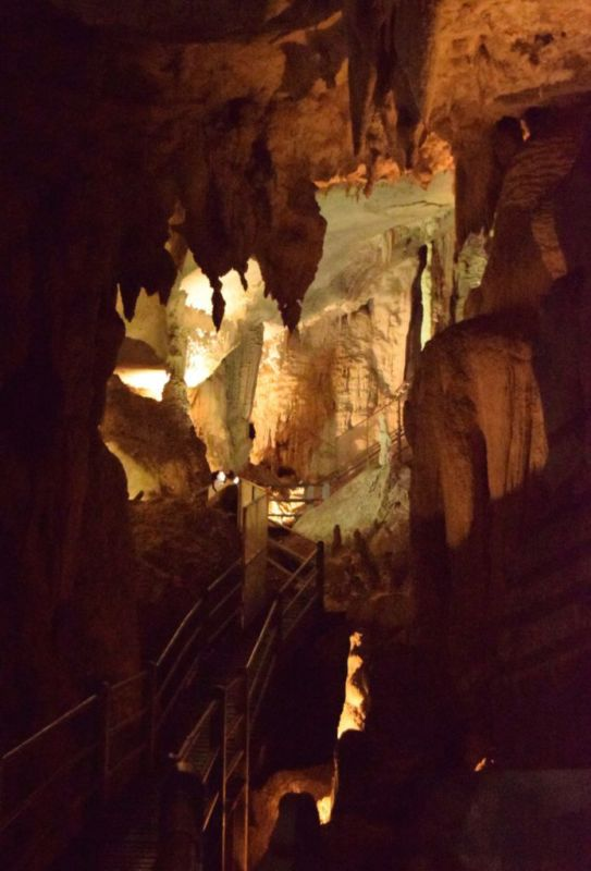 Wind Cave, Mulu National Park, Sarawak, Malaysia