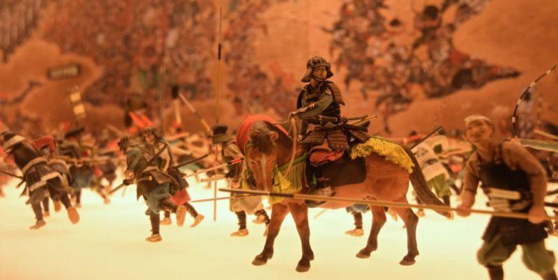 "Miniatures of ""The Summer War In Osaka"""