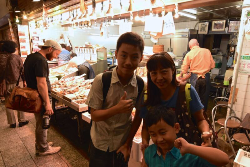 Dine-in at seafood stall, Nishiki market, Kyoto