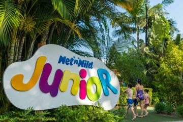 Younger kids are not left out; an entire section of the park (Wet 'n' Wild Junior) is dedicated to them
