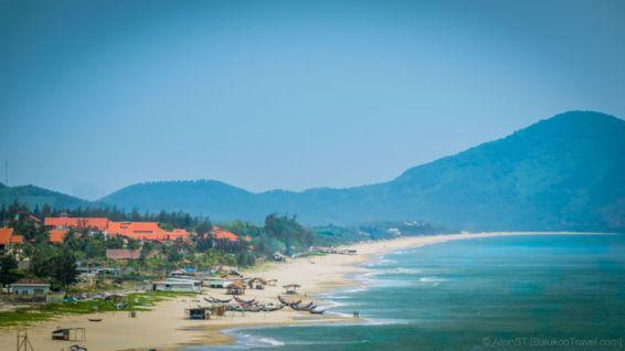 Lang Co Beach (right), as seen from Hai Van Pass. (Da Nang, Central Vietnam)