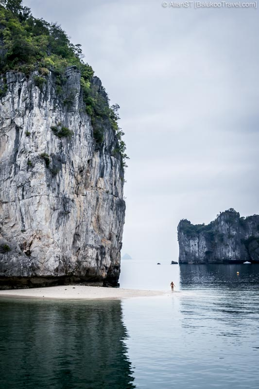 One of the natural sand beaches, Ha Long Bay (Vietnam)