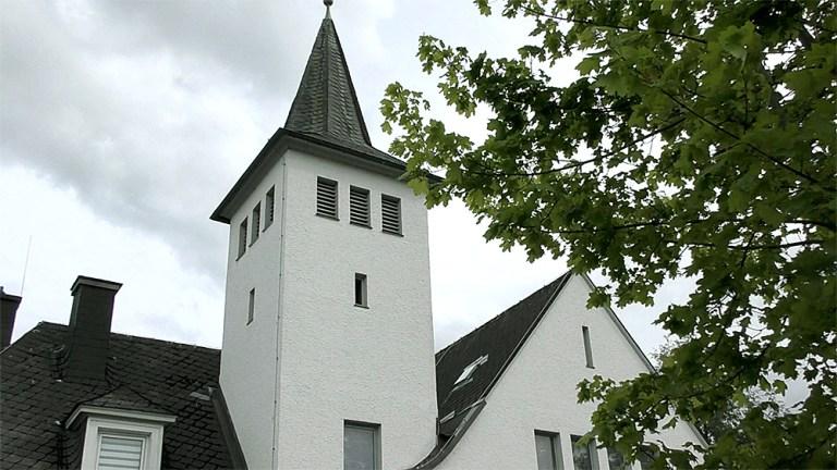 Pfingstsonntag ev. Gottesdienst auf dem Kirchhof