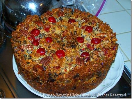 Momma's Never Fail Fruitcake