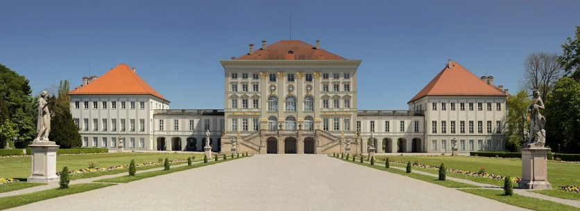 castello-monaco_med_hr