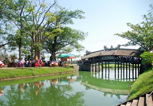 ponte-coperto-in-vietnam_500