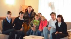 famiglia-in-albergo_med_hr (1)