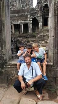 tour in cambogia