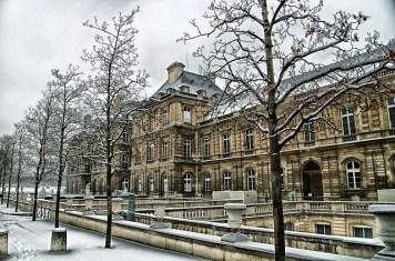 paris-112439_640