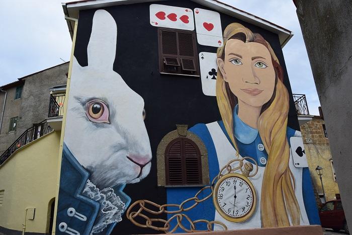 Alice, il primo murale di Sant'Angelo