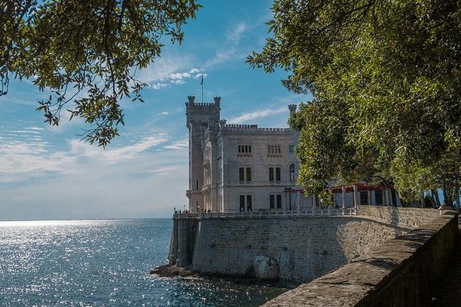 Cosa vedere in Friuli: Castello Miramare a Trieste