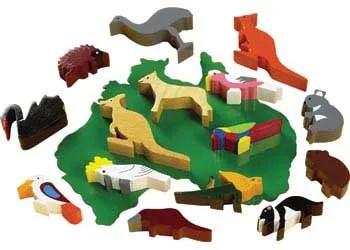 australian wooden animals on map