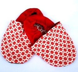 Soft soled baby shoes - Red ladybugs