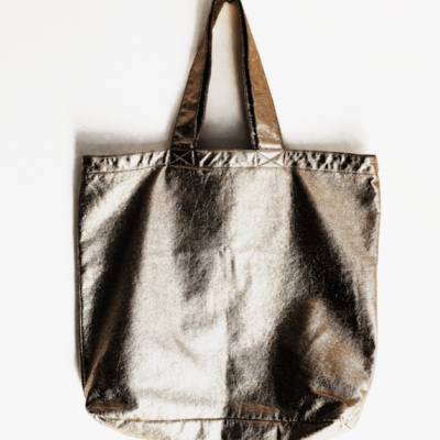 Hot buy of the day: Wolf & Rita gold bag