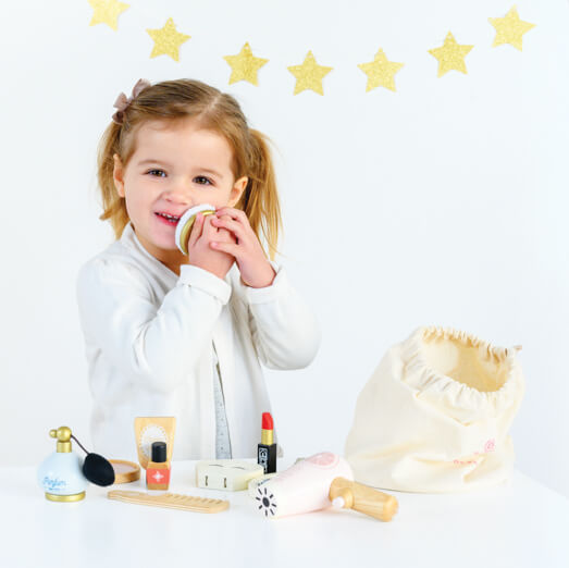 wooden beauty set le toy van