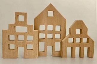 set of 3 dutch gable houses