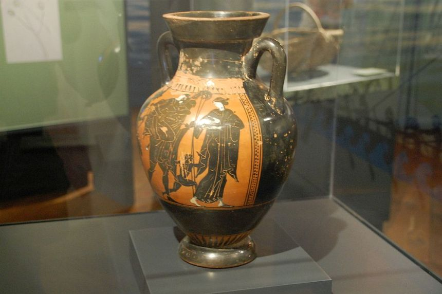 Aeneas flieht - Vase