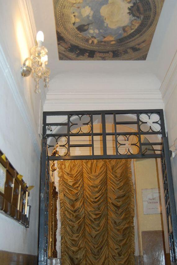 Virginia Hotel im Treppenhaus