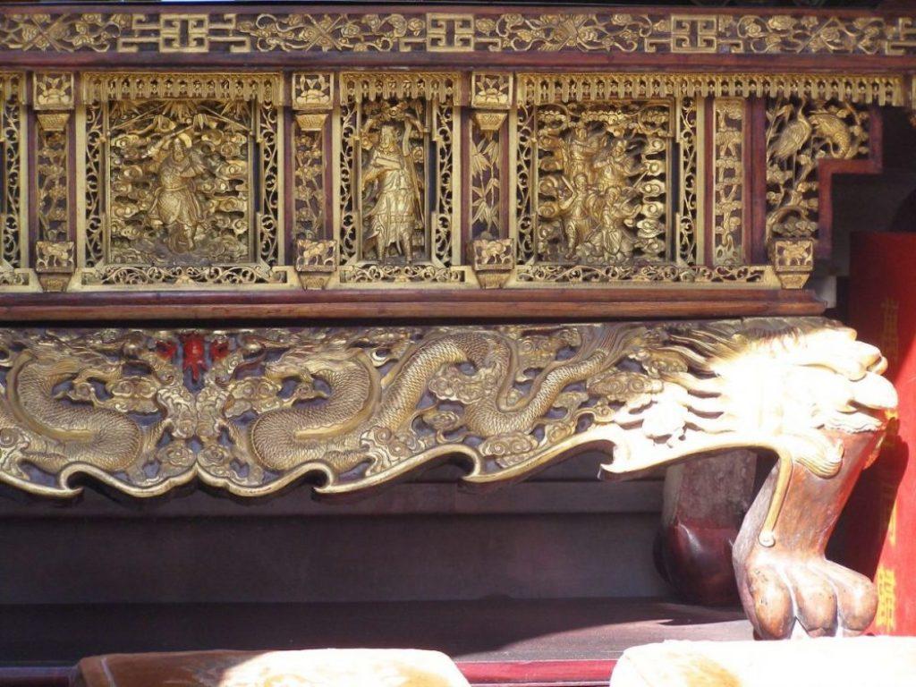Kostbarer Altar