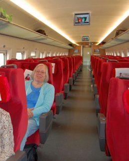 Hochgeschwindigkeitszug 1. Klasse Abteil