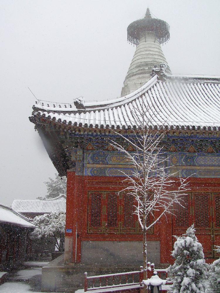 Tempel im Schnee