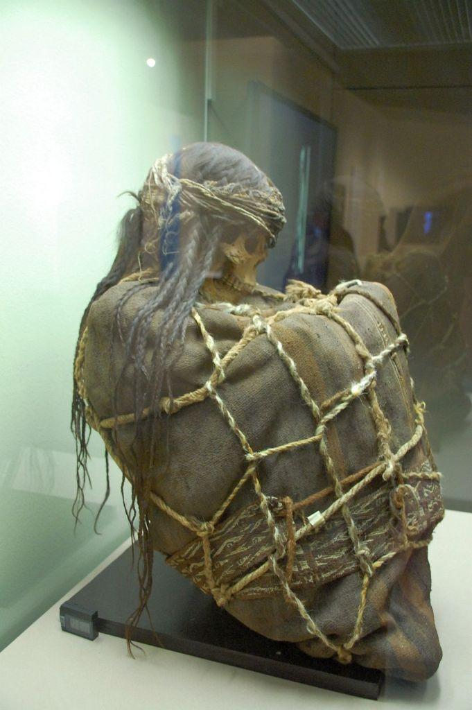 Mumie in der Peru-Ausstellung