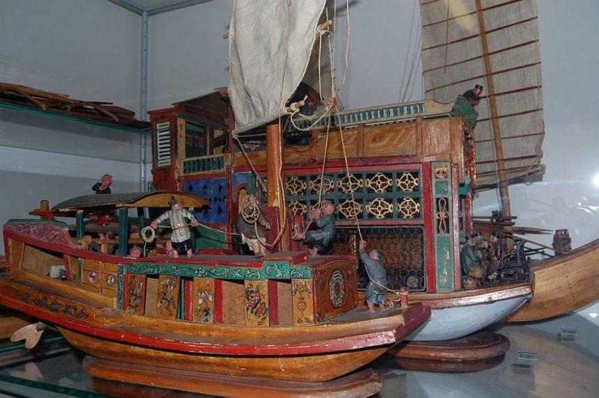 Überseemuseum Boote