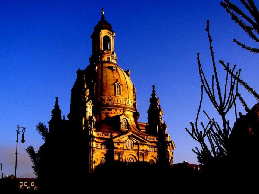 Frauenkirche bearbeitet