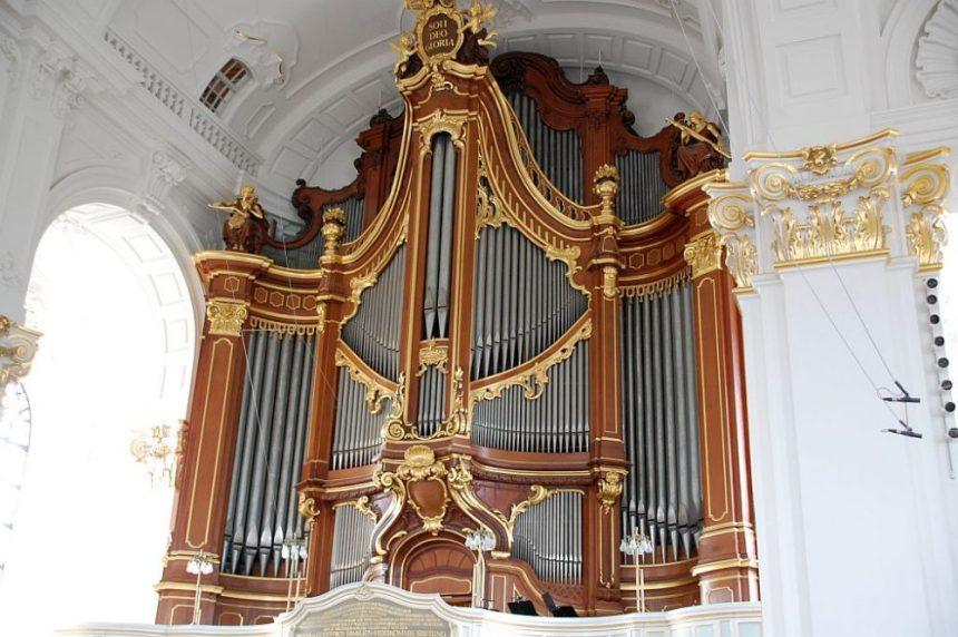 Orgelführung im Michel - Große Orgel