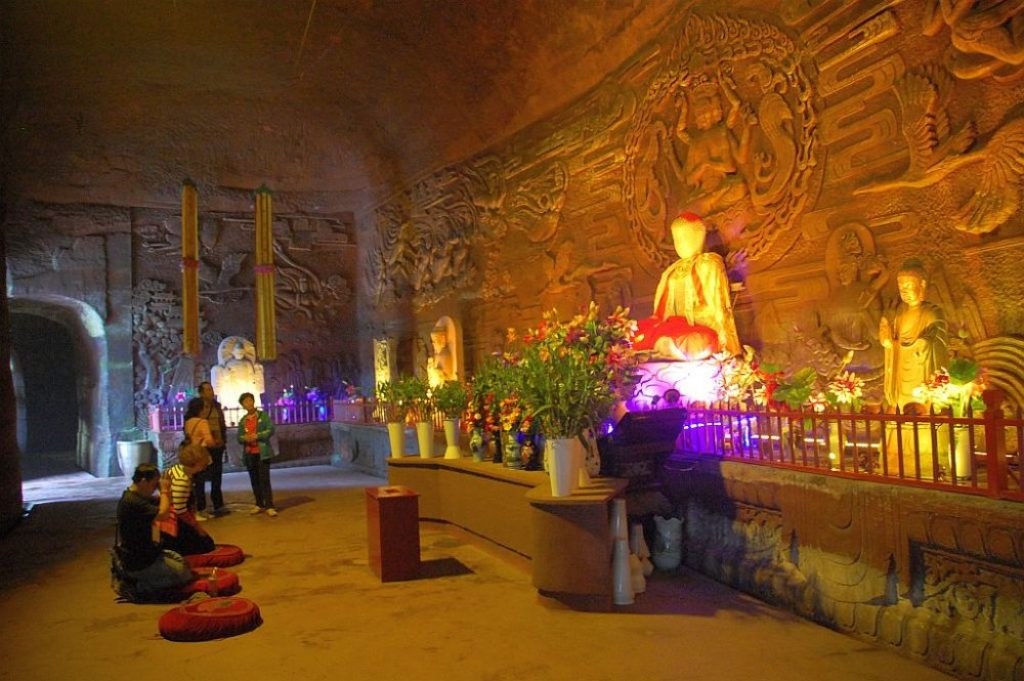 leshan-buddha-park-verehrung