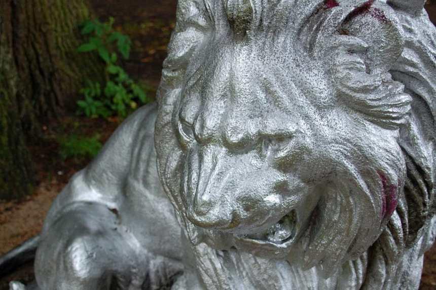 Löwe Blohmspark
