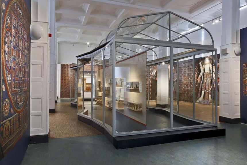 Die Ausstellung Alchi