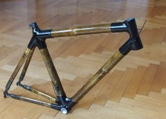 Rennrad Rahmen aus Bambus