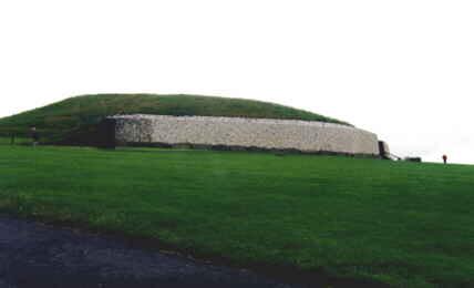Looking at Newgrange