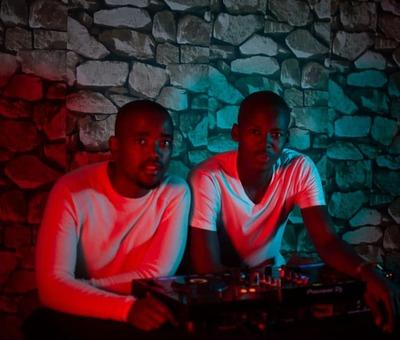 West Funk Movement – Iskhalo Somzali