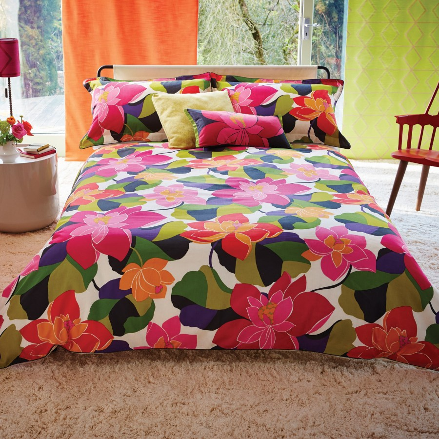 Colorful bed linens and pillows
