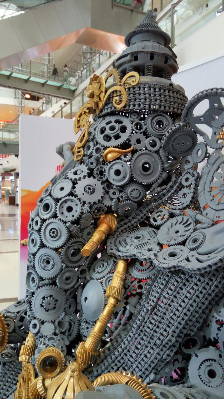 Ganapati made by automobile parts.