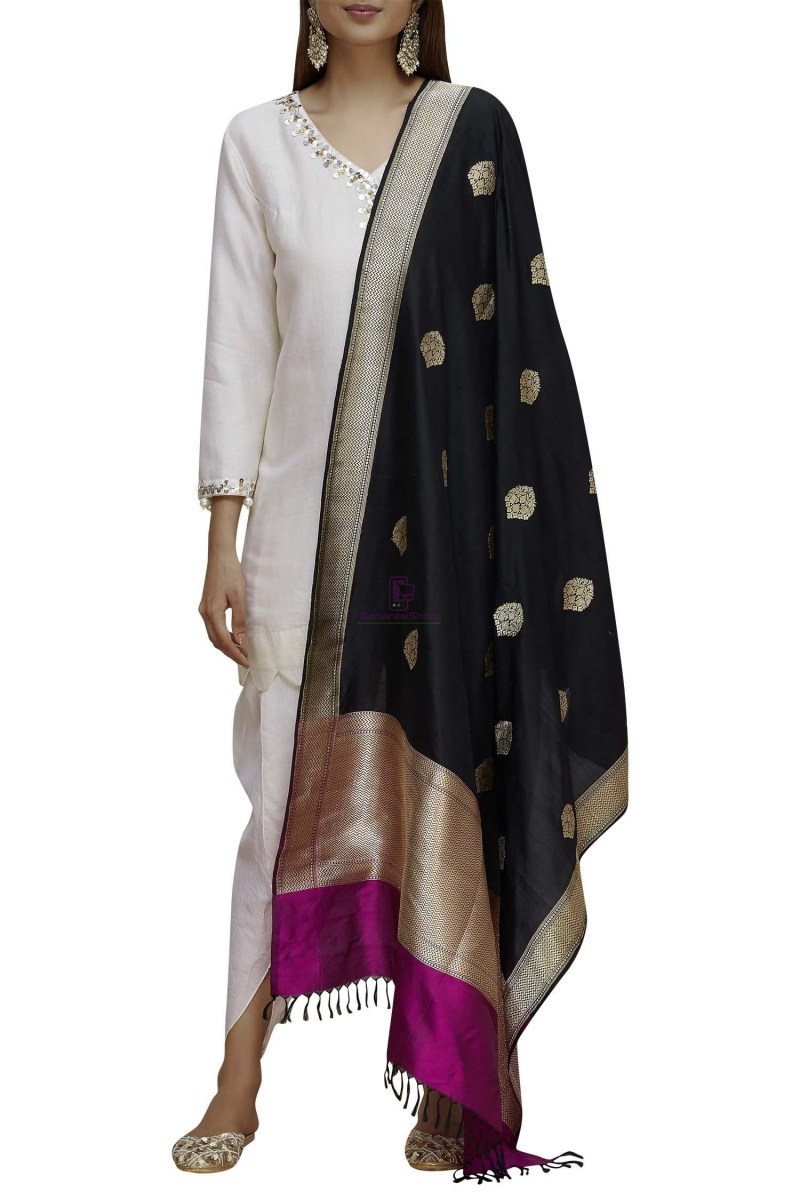 Handloom Banarasi Pure Katan Silk Dupatta in Black and Purple 3